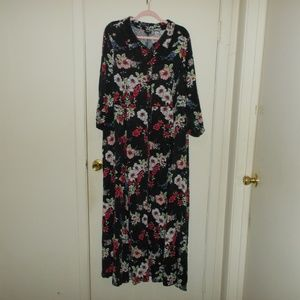 Torrid Floral Maxi Shirt Dress Size 4 (4X)